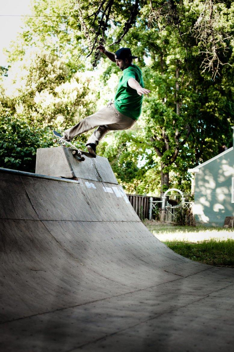photos-the-backyard-moment.jpg