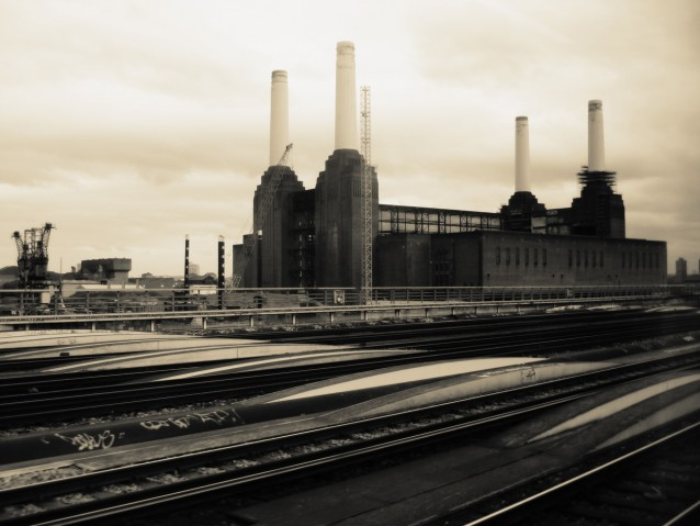 Photo from a moving train – London, England
