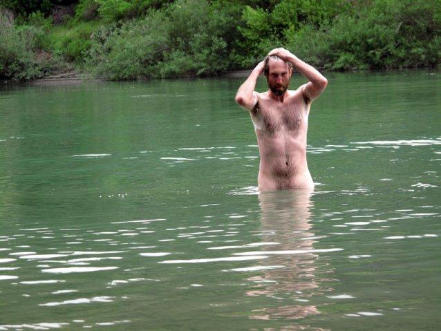 Bathe1.jpg